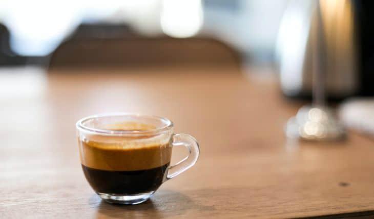 a cup of coffee espresso made for this Gaggia Brera espresso review